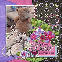 Sophia_2010-02-25_DressingBearUpInDadsShoes_web.jpg